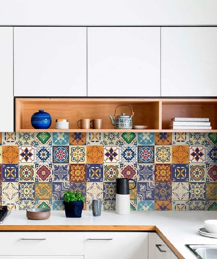 revestimento colorido para decoração de cozinha simples Foto Pinterest