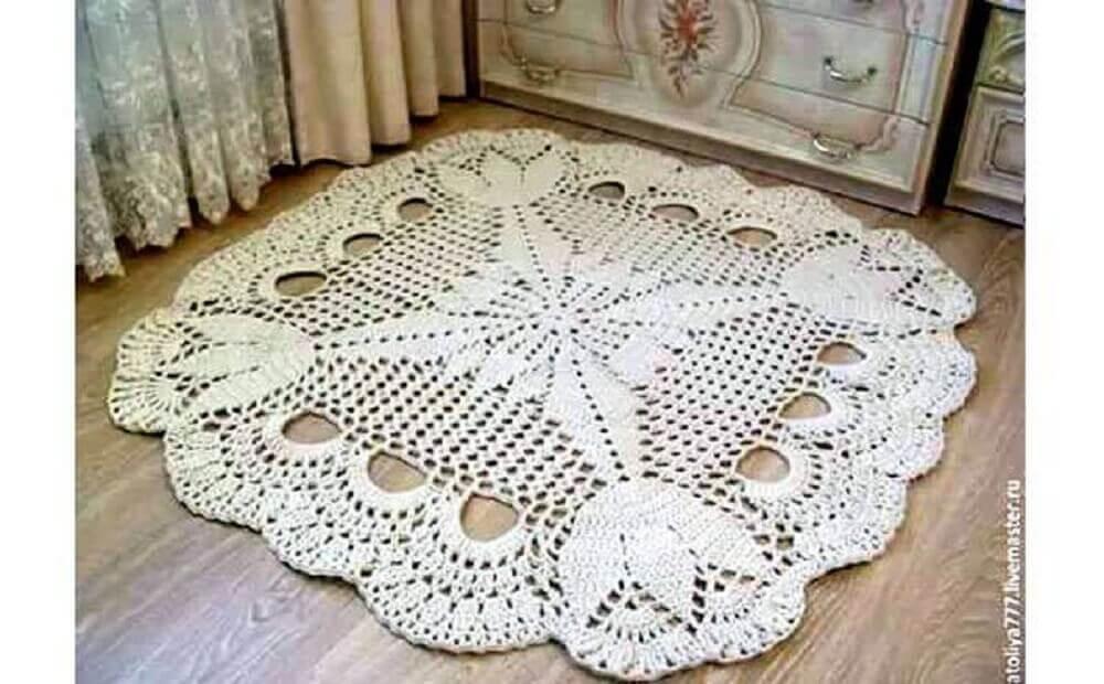 tapete de crochê quadrado e delicado