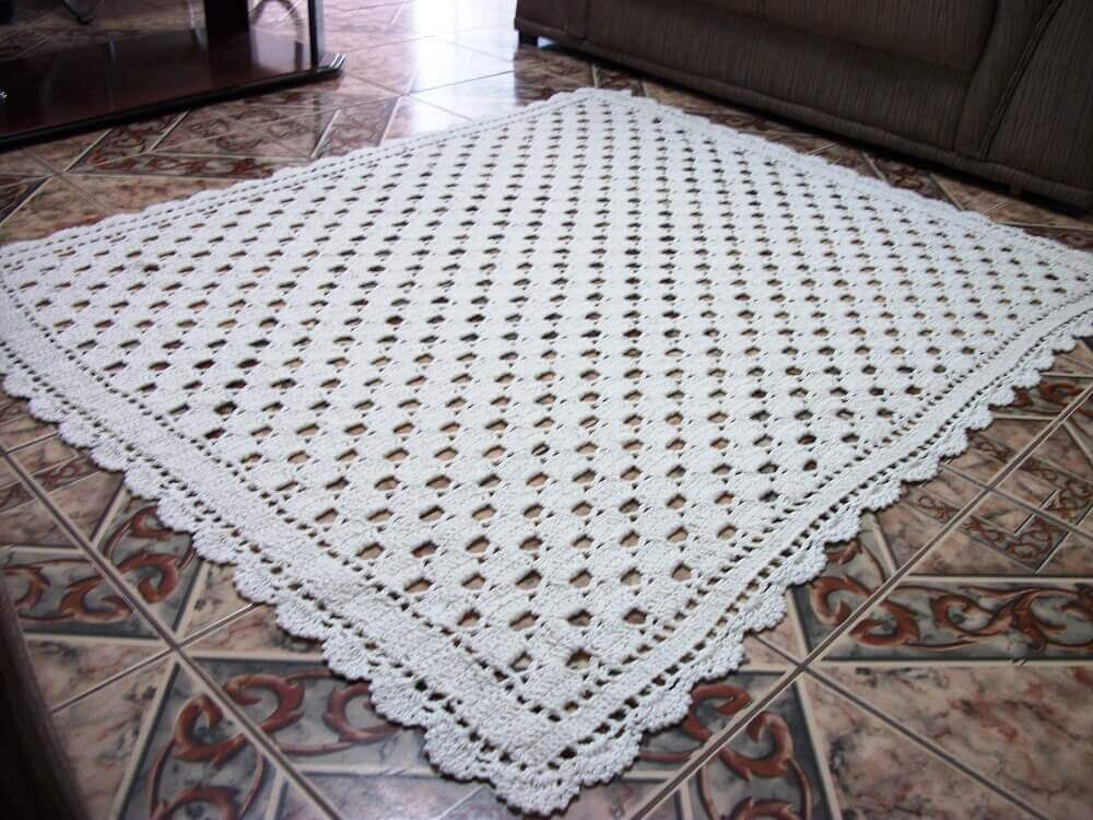 tapete de crochê quadrado e simples