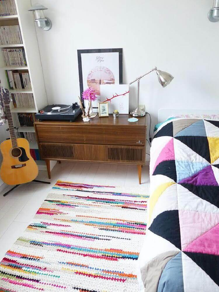tapete quadrado de crochê colorido