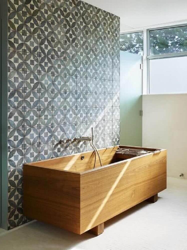 tipos de banheira de madeira