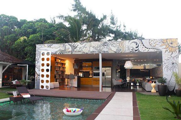 Área de lazer com piscina Projeto de Daniel Legue