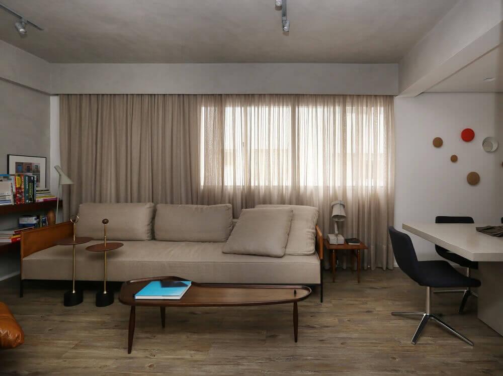 Apartamento com paredes de cimento queimado