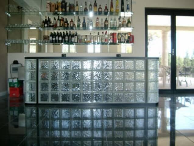 Balcão de tijolo de vidro