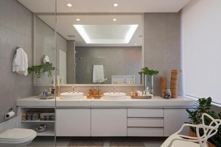 Banheiro de luxo clean Projeto de LF Rezende