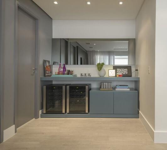 Bar em casa em móvel laqueado Projeto de D2N Arquitetura Interiores