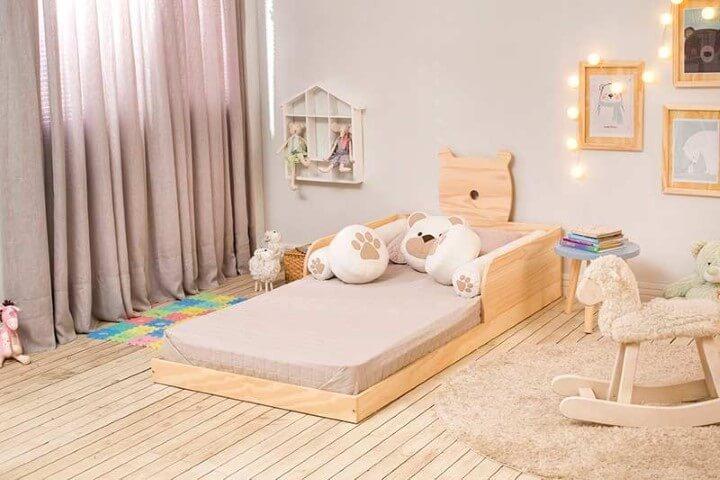 Cama montessoriana com base em formato de urso