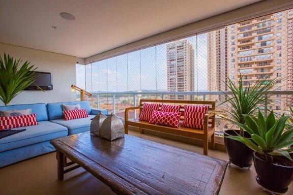 Casa com varanda colorida Projeto de Paula Russo