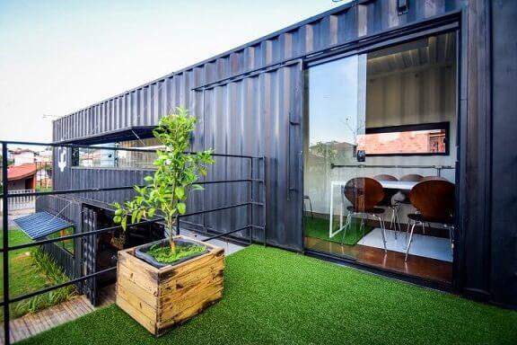 Casa container azul Projeto de Rafaela Lira