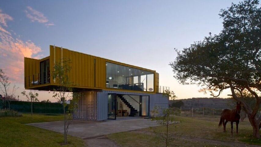 Casa container com duas cores