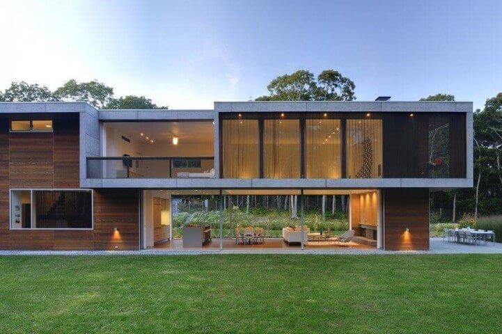 Casa container com fachada de vidro