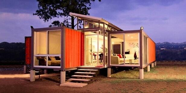 Casa container com muito vidro