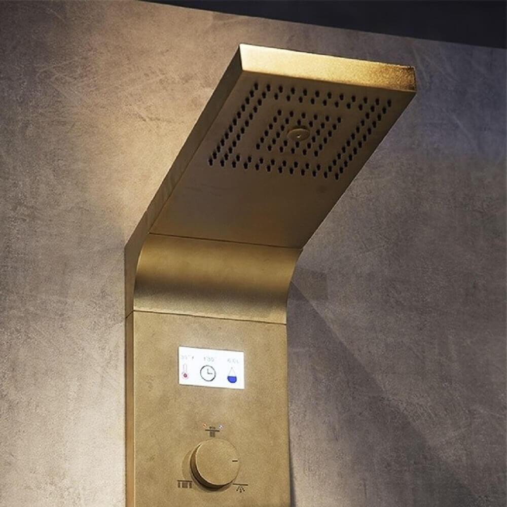 Chuveiro elétrico dourado
