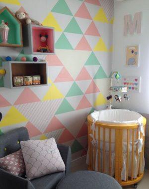 Cores para quarto de bebê com cores diversas Projeto de Maira Schaeffer