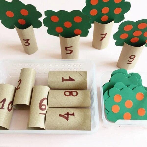 Crie brinquedos educativos com artesanato com rolo de papel higiênico. Fonte: Atividades da Marina