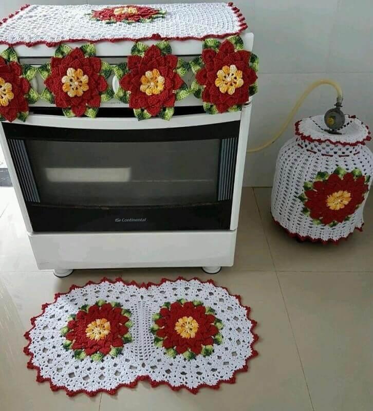 Jogo de cozinha em crochê com flores grandes