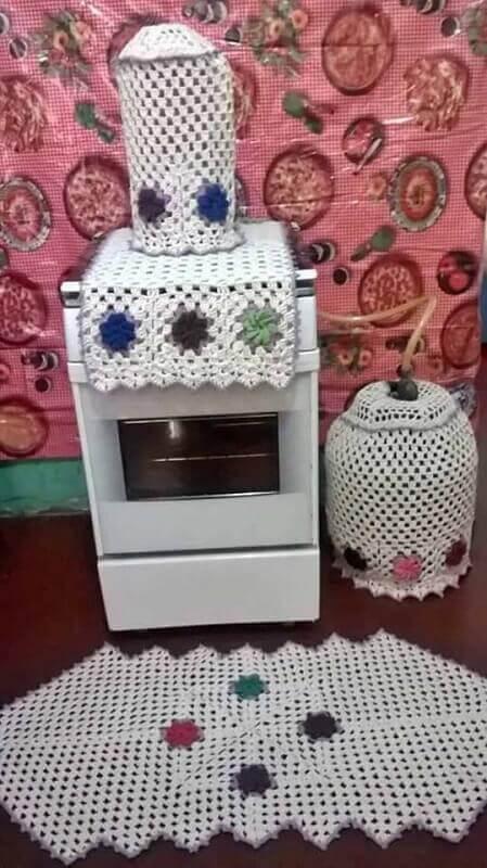 Jogo de crochê para cozinha com tapete