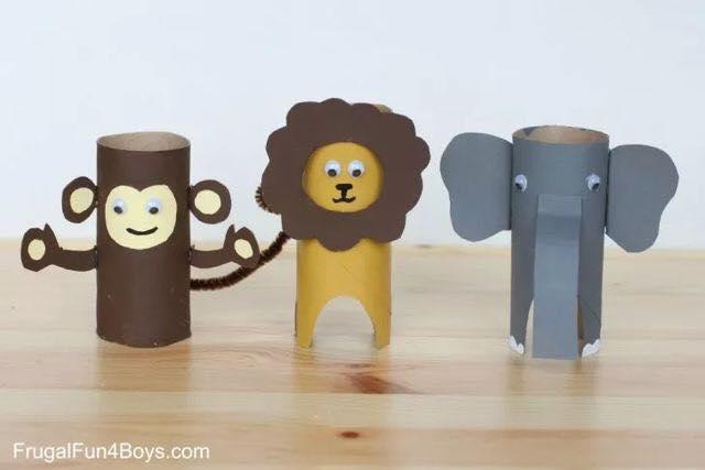 Macaco, leão e elefante foram criados por meio de artesanato com rolo de papel higiênico. Fonte: Criando com Apego