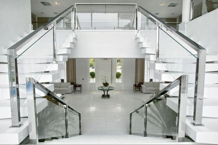 Modelos de escadas em U dupla Projeto de Bianka Mugnatto