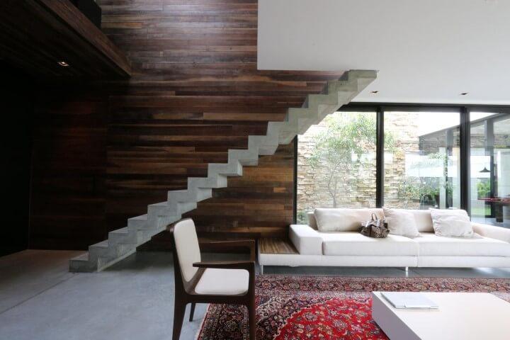 Modelos de escadas linear com degraus plissados Projeto de Zaav Arquitetura