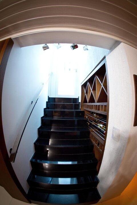Modelos de escadas linear preta Projeto de Inova Arquitetura