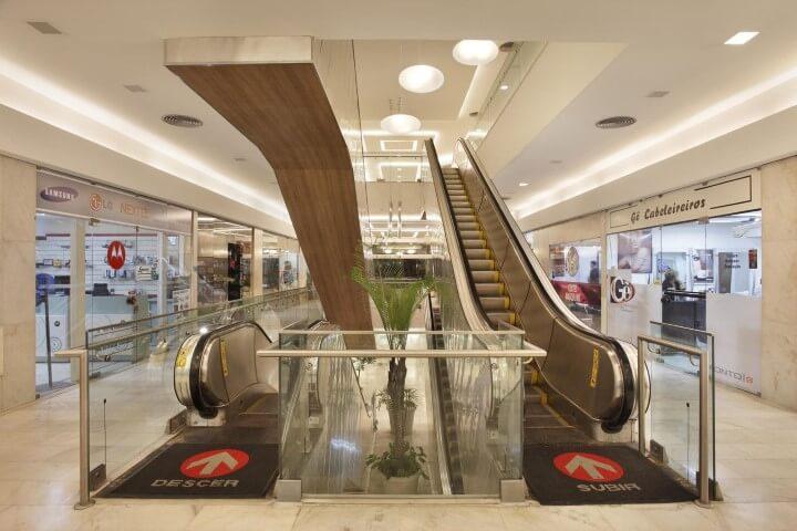 Modelos de escadas linear rolante Projeto de DG Arquitetura