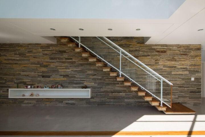 Modelos de escadas lineares Projeto de Jaa Arquitetos