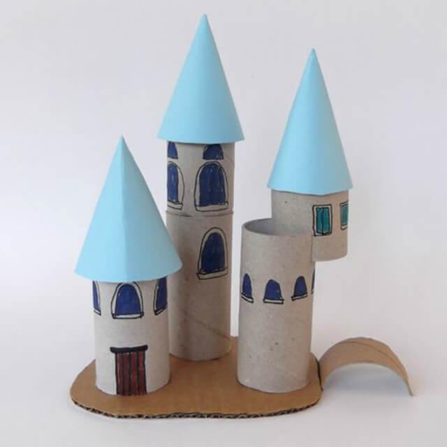 O castelo da princesa foi criado por meio do artesanato com rolo de papel higiênico. Fonte: Revista Artesanato