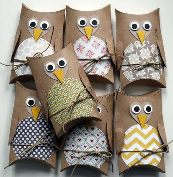 Para lembrancinhas corujas feitas com rolo de papel higiênico. Fonte: Reciclar e Decorar