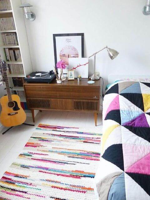 Passadeira de crochê colorido