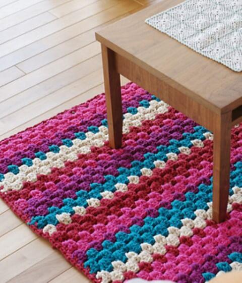 Passadeira de crochê com padrões diferentes
