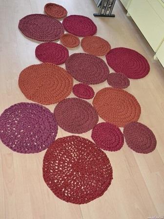 Passadeira de crochê de círculos
