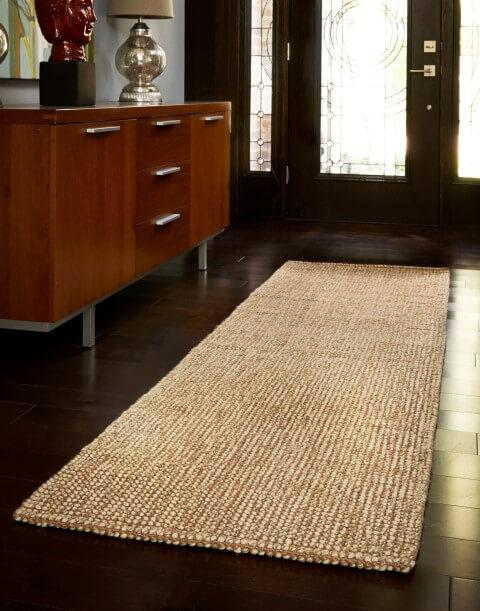 Passadeira de crochê marrom