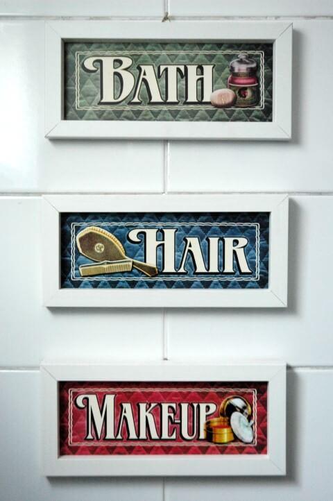 Quadros do banheiro da decoração afetiva Murilo Grilo