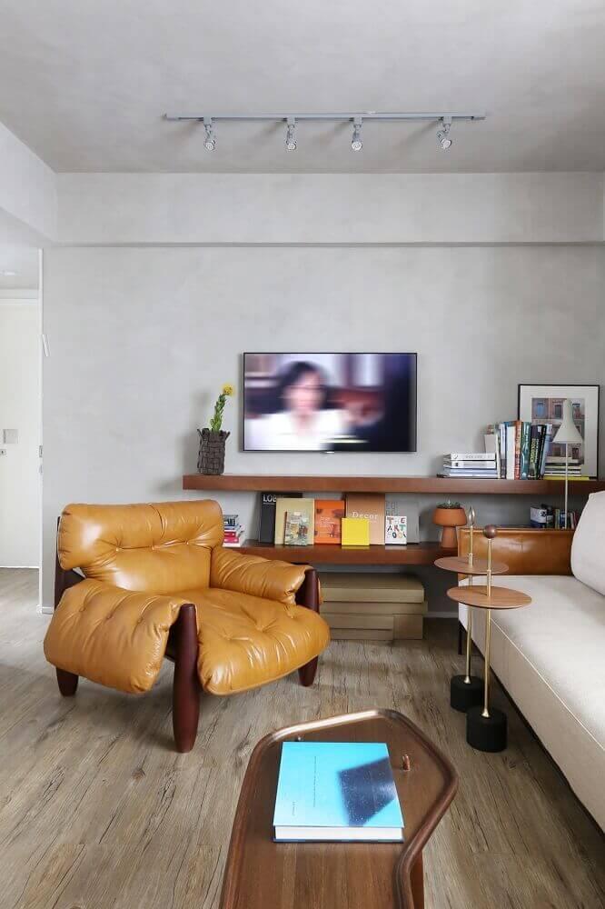 Sala de estar com poltrona mole