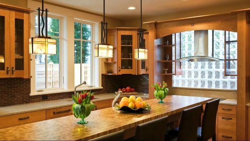 Tijolo de vidro em cozinha