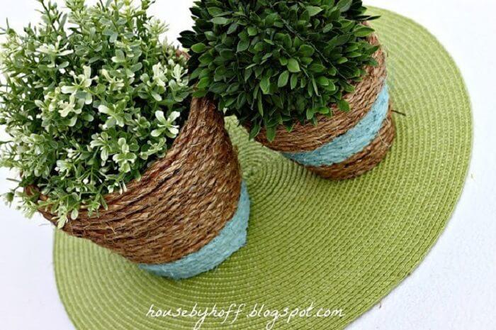Vasos de plantas feitos com corda de sisal