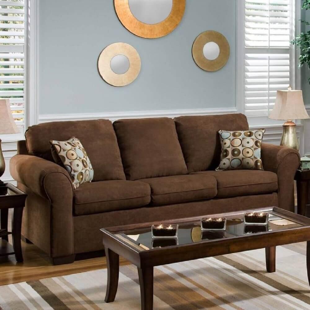 almofadas estampadas para sofá marrom