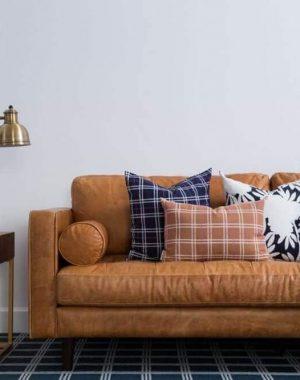 almofadas para sofá marrom com estampa xadrez