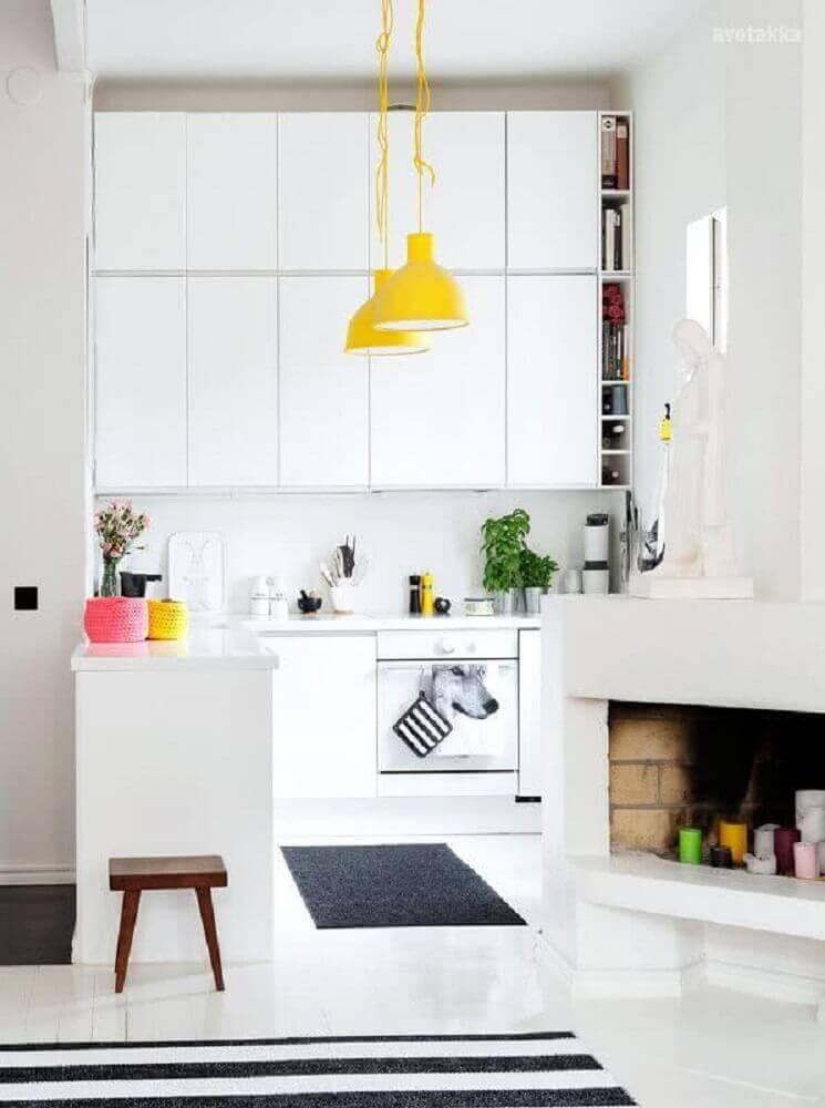 cozinha clean com luminária pendente para cozinha