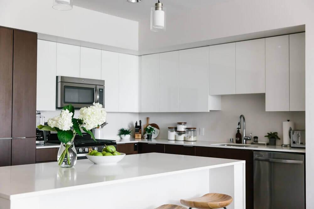 Cozinha moderna e bem planejada