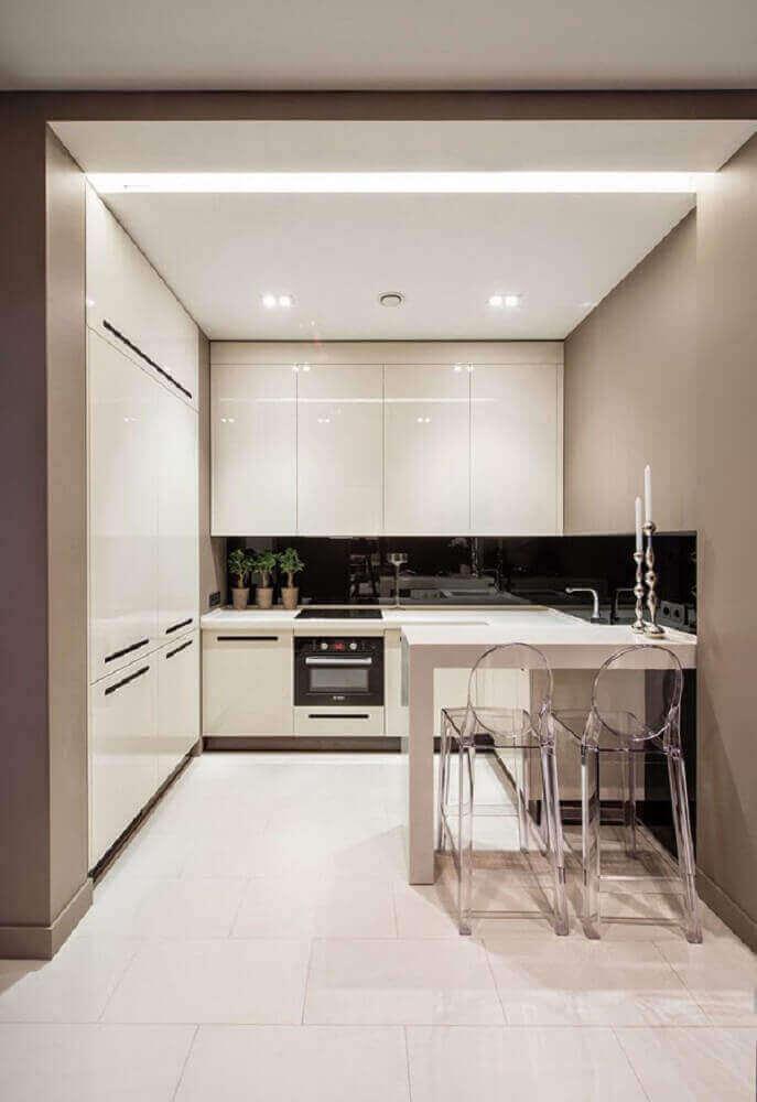 cozinha pequena com luz de led