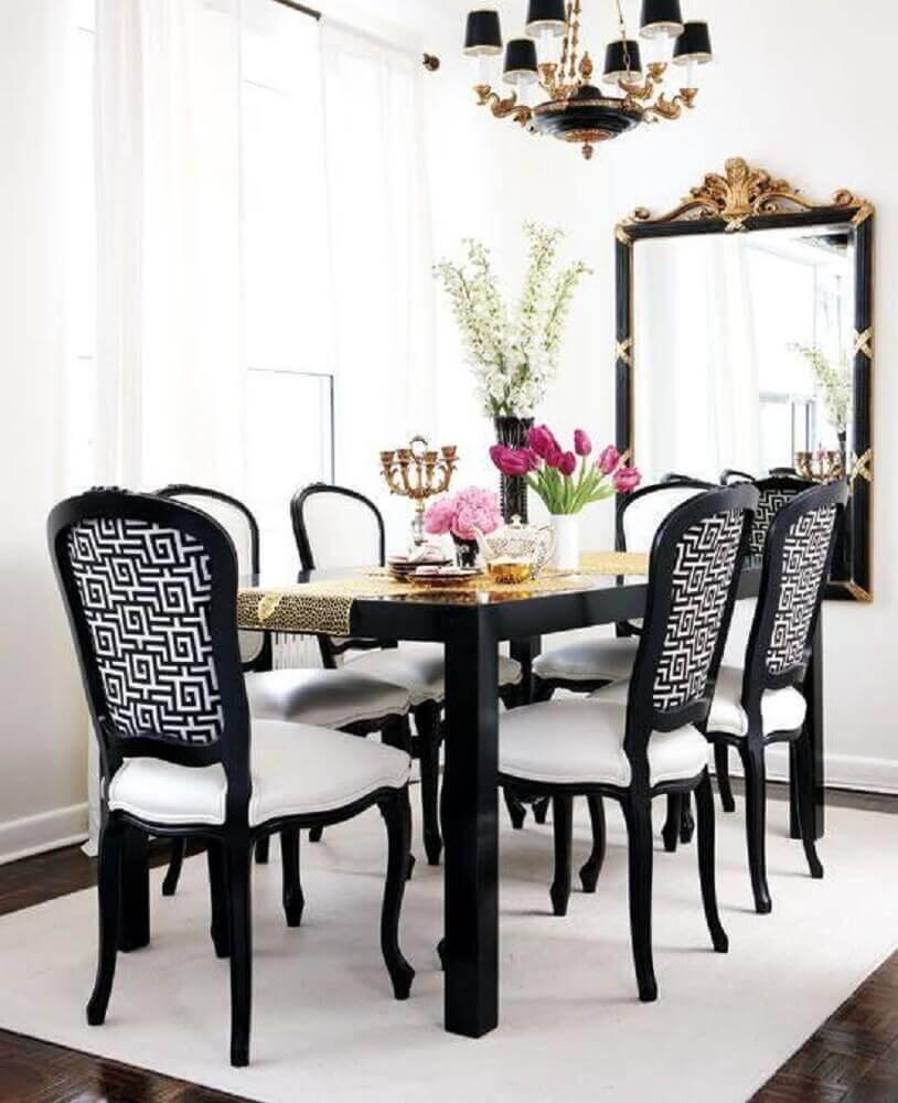 decoração clean com espelho para sala de jantar