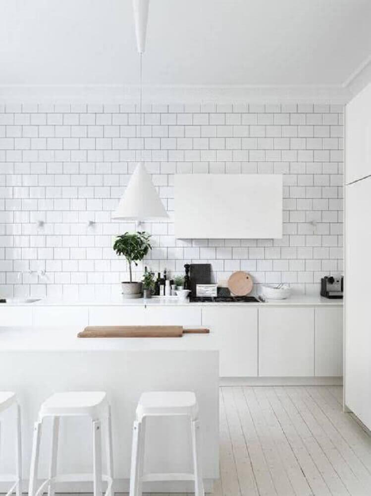 decoração clean com luminária para cozinha