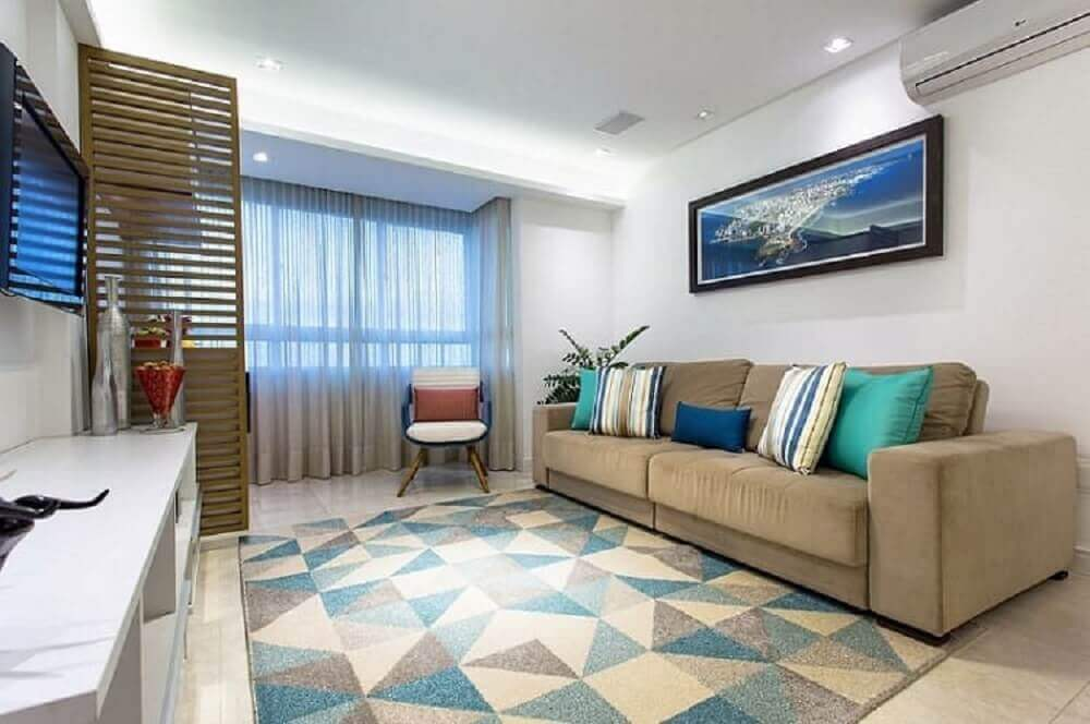decoração com almofadas listras para sofá