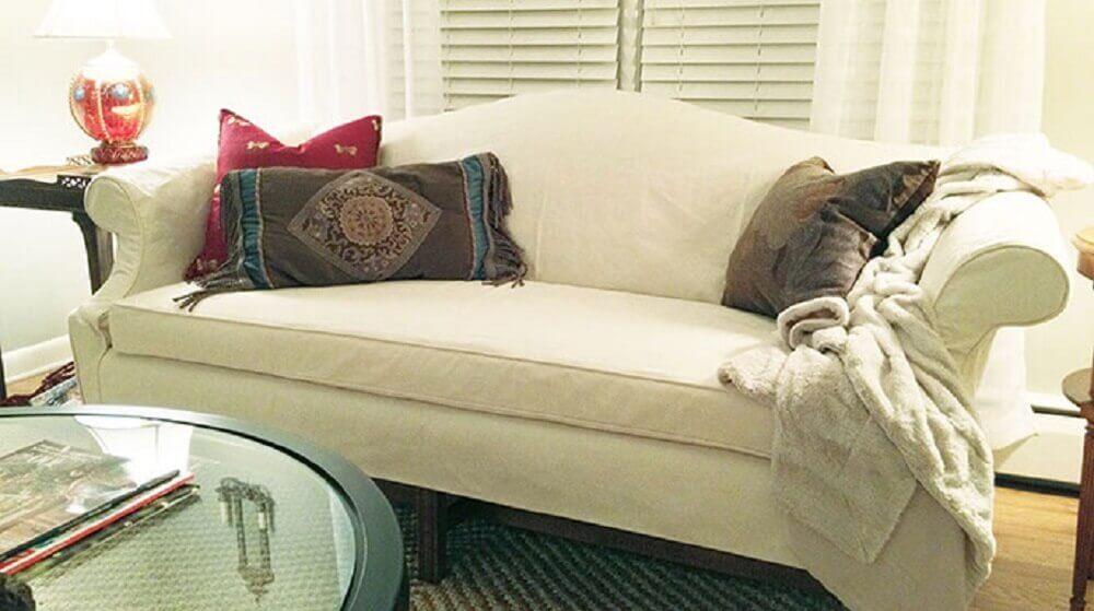 decoração com almofadas pequenas para sofá