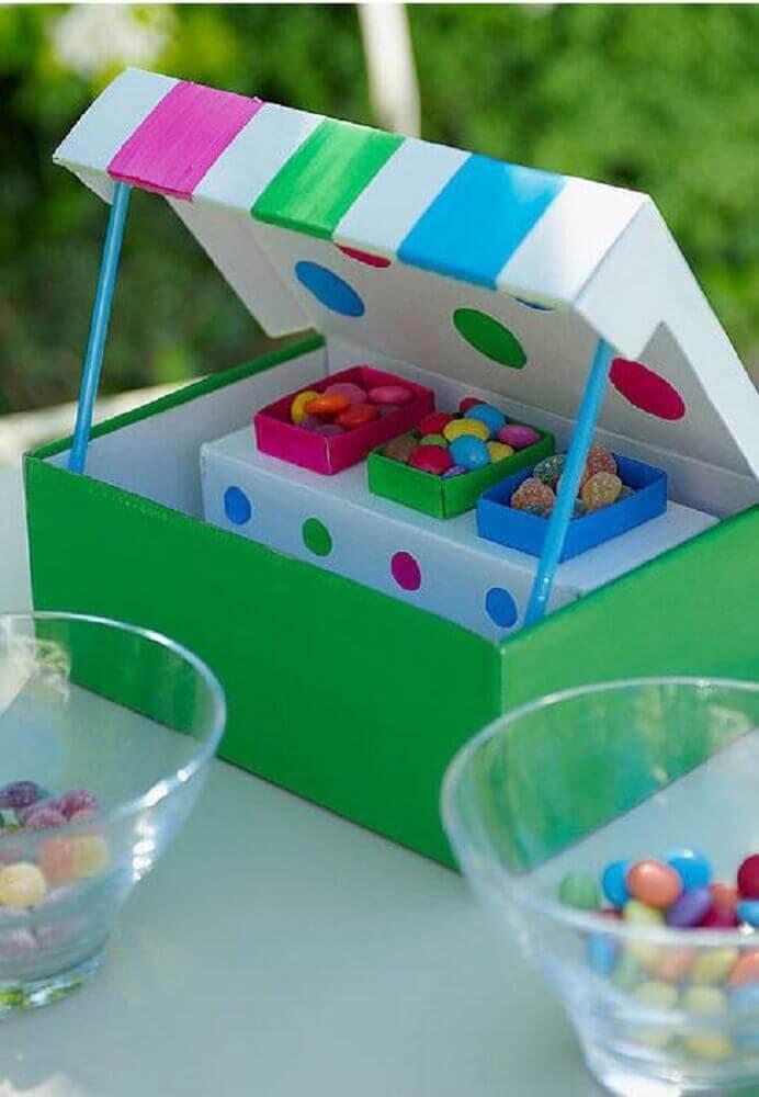 decoração com caixa de sapato para festa infantil