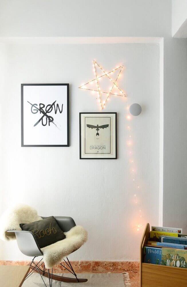 decoração minimalista com pisca pisca