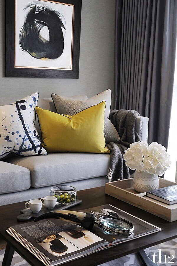 decoração moderna com almofadas para sofá Foto We Heart It