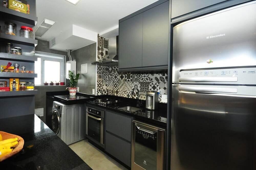 Armário de cozinha preto e cinza